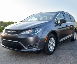 Review: 2017 Chrysler Pacifica