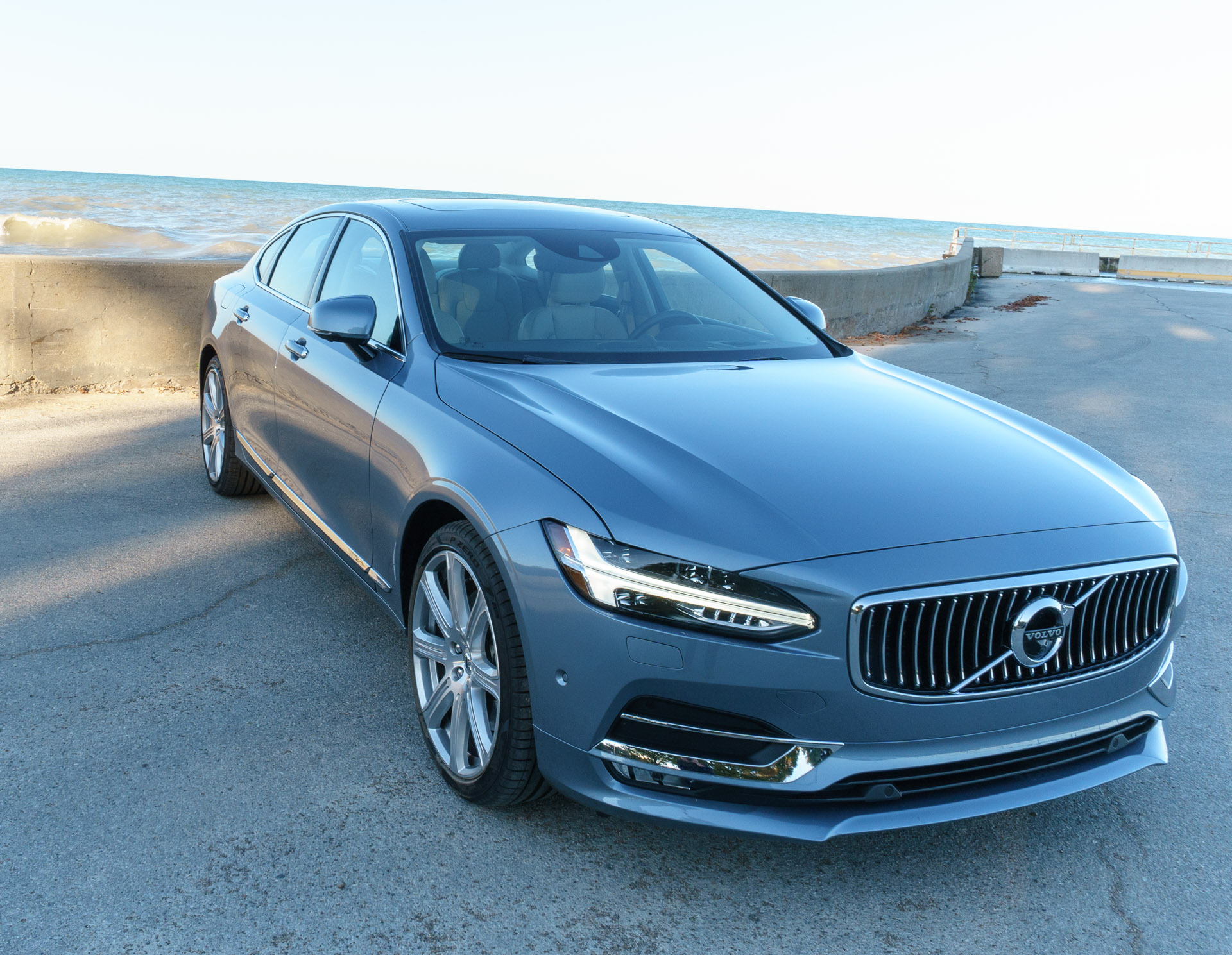 review 2017 volvo s90 t6 awd inscription 95 octane. Black Bedroom Furniture Sets. Home Design Ideas