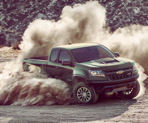 Awesome Chevy Colorado ZR2 is a Tiny Raptor Fighter