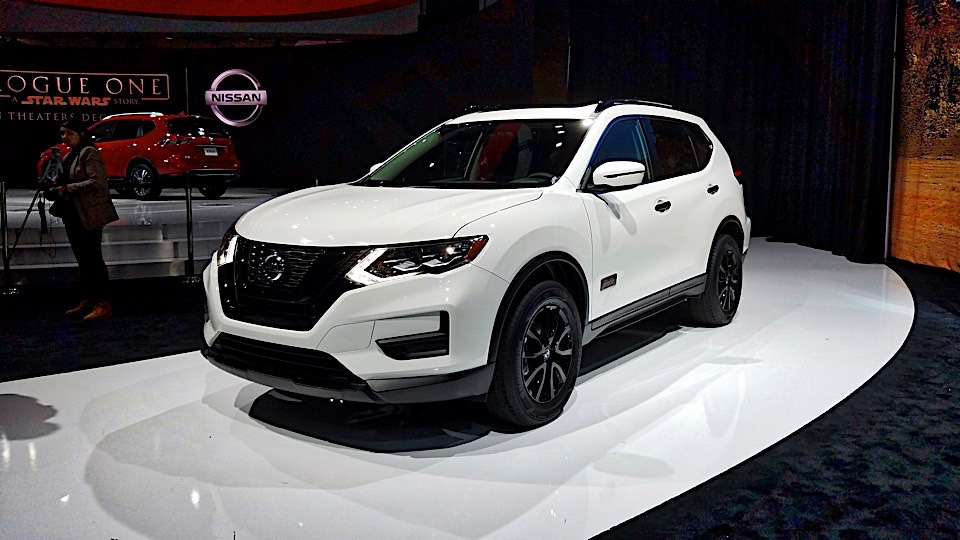 Join the Dark Side with the Special Edition Nissan Rogue