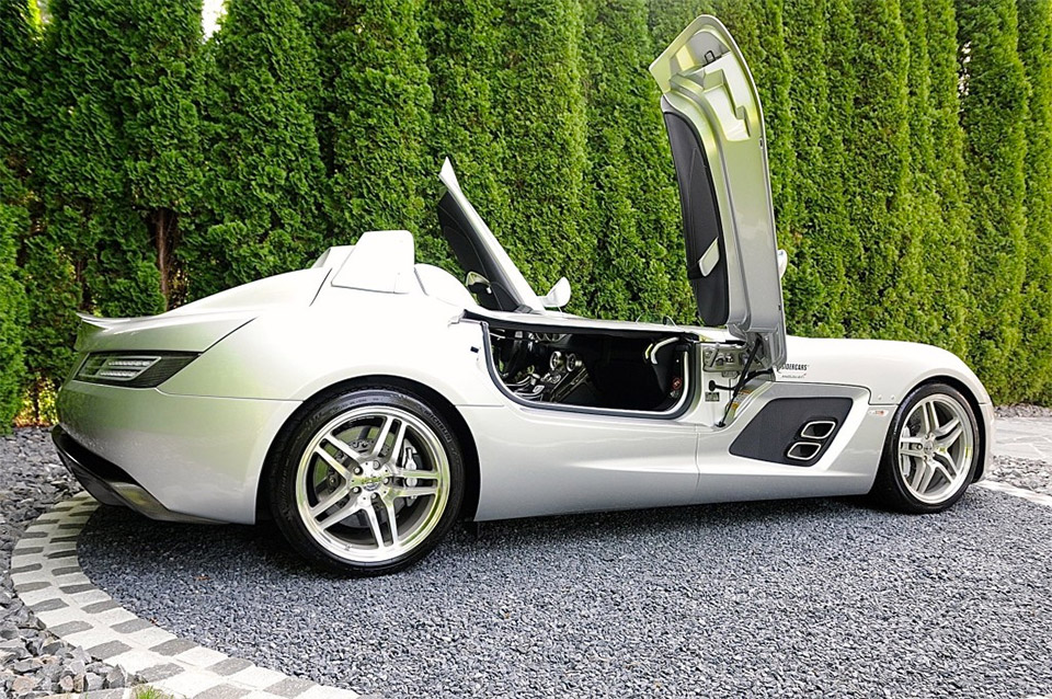 mercedes slr mclaren stirling moss selling for 2 9 million 95 octane. Black Bedroom Furniture Sets. Home Design Ideas