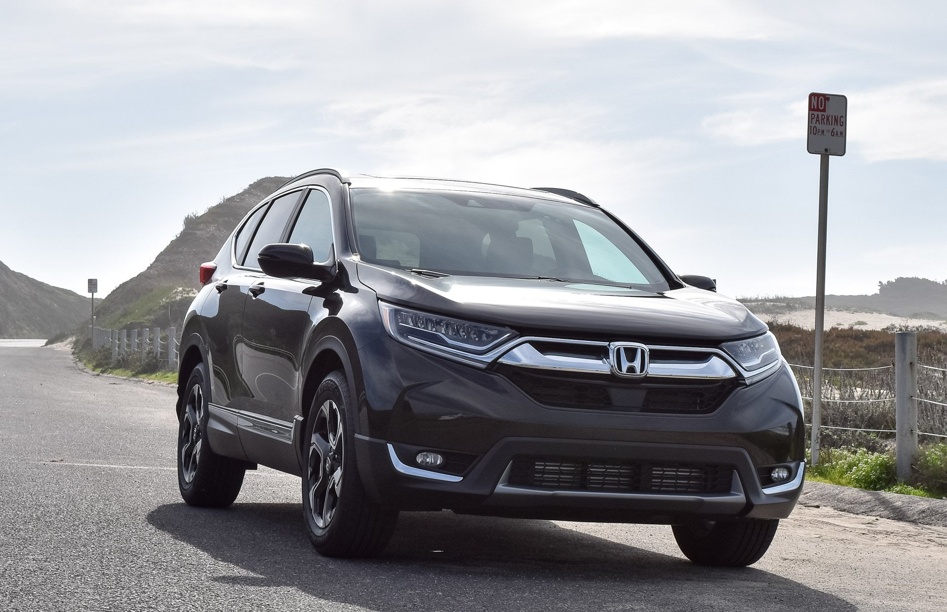 2017 Honda CR-V Review: Trusty, Fuel Sipping, and Practical