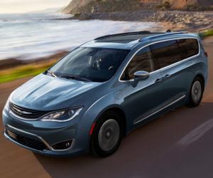 Chrysler Pacifica EV to Debut at CES 2017