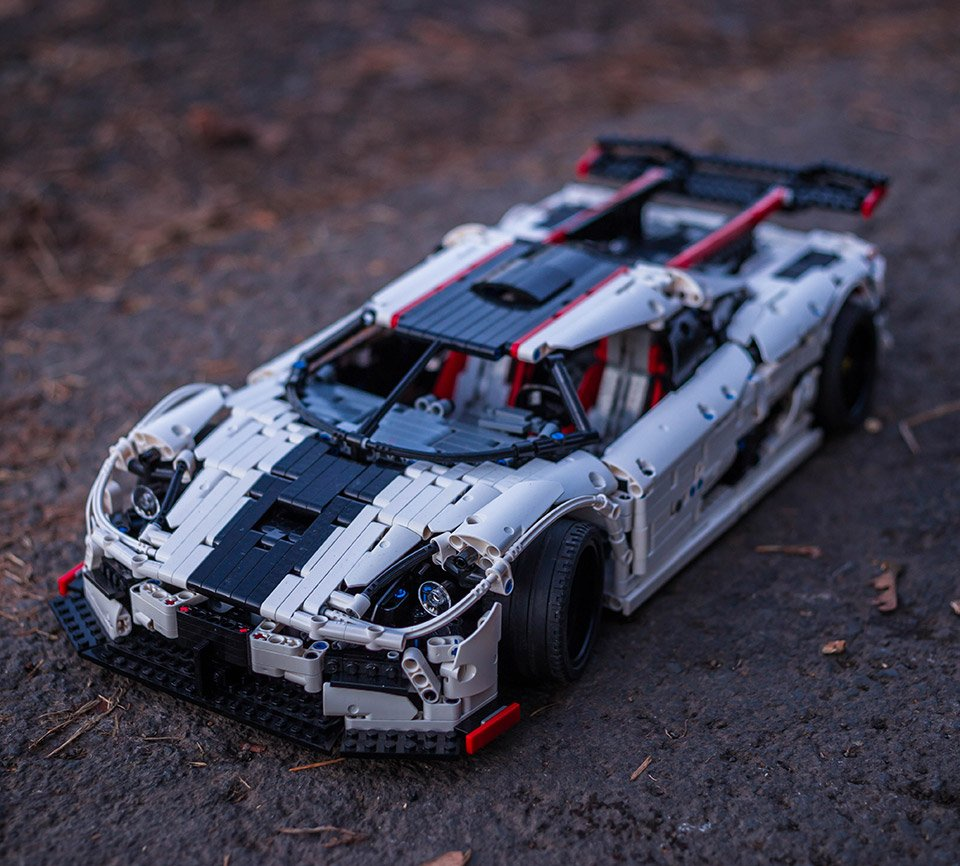 LEGO Technic Koenigsegg One:1 - The Want Is Strong - 95 Octane