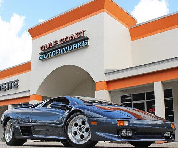 Stunning Blue 1995 Lamborghini Diablo VT for Sale