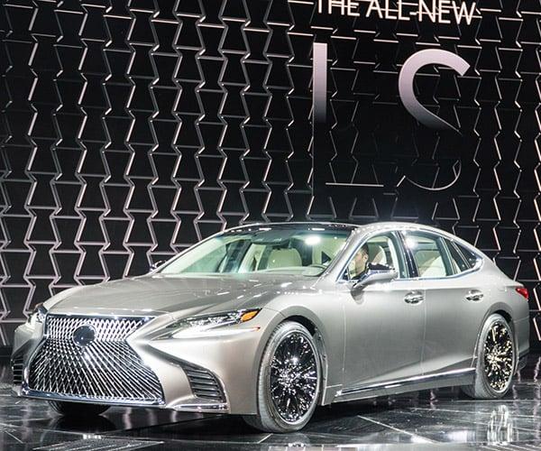 2018 Lexus LS Gains New Platform, Loses Weight