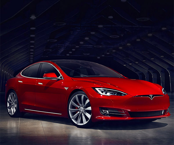 Tesla Autopilot Updates Rolling out to HW2 Cars