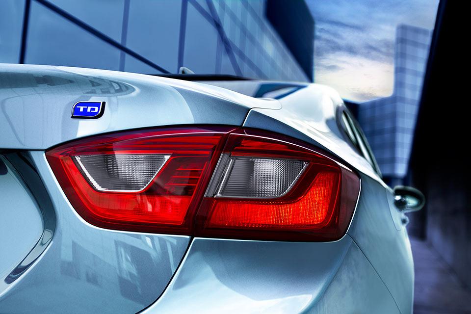 Chevy Cruze Diesel Sedan Rated for 52 mpg Highway