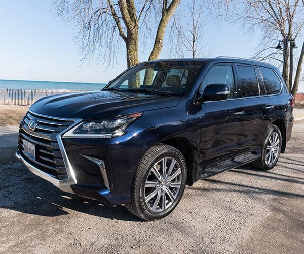 2017 Lexus LX 570 Review