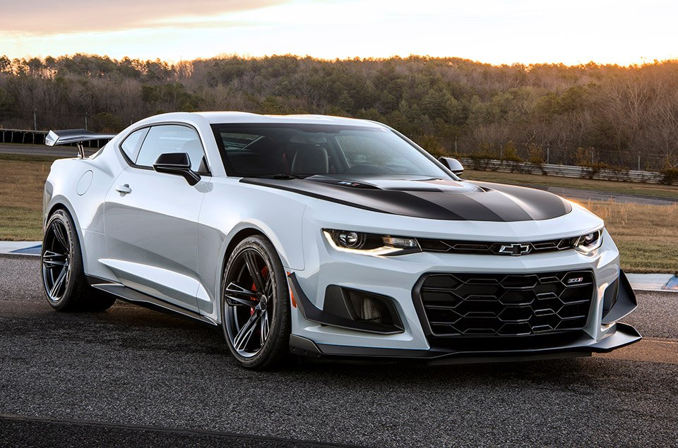 2018 Chevrolet Camaro ZL1 1LE Is the Track Day Camaro of Our Dreams ...
