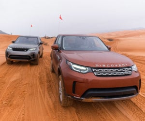 2017 Land Rover Discovery: The New King of the SUV Hill