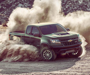 2017 Chevrolet Colorado ZR2 is Meant for the Dirt