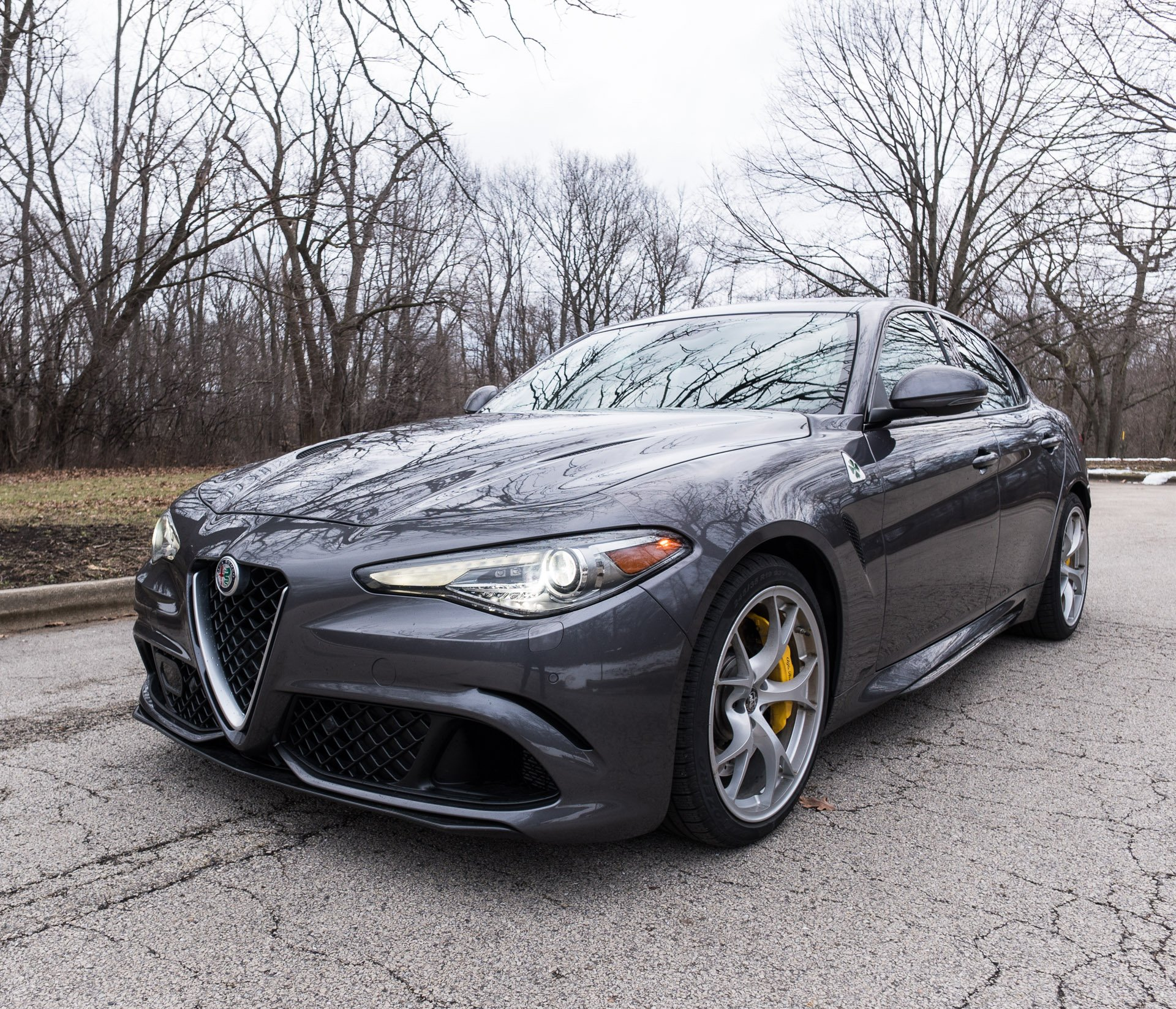 2017 alfa romeo giulia quadrifoglio review 95 octane. Black Bedroom Furniture Sets. Home Design Ideas