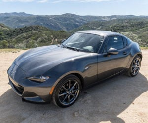 The 2017 Mazda MX-5 RF Is the Best Kind of Miata