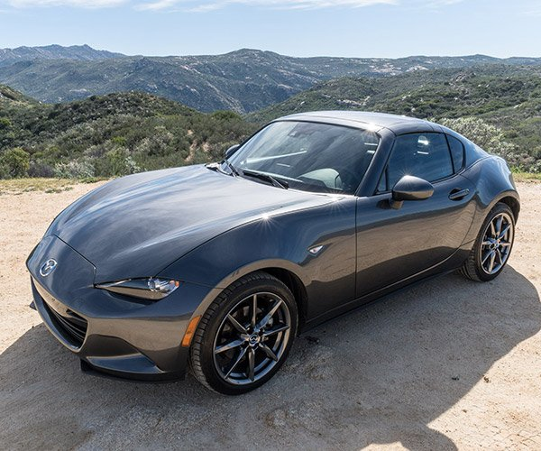 The 2017 Mazda MX-5 RF Is the Best Kind of Miata
