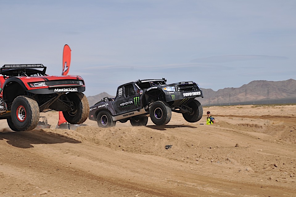 Desert Racing is the Best Racing at the Mint 400