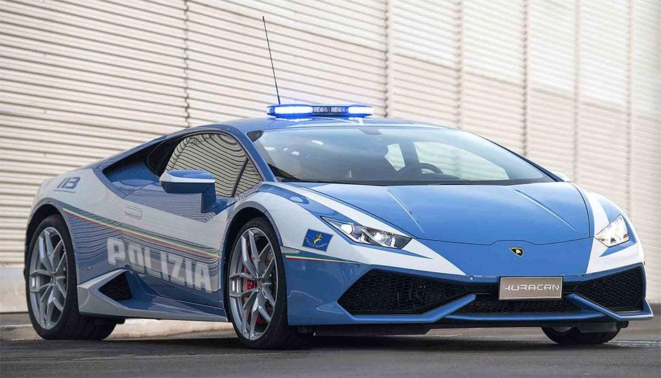 Lamborghini Huracán Police Car Is on the Job In Bologna