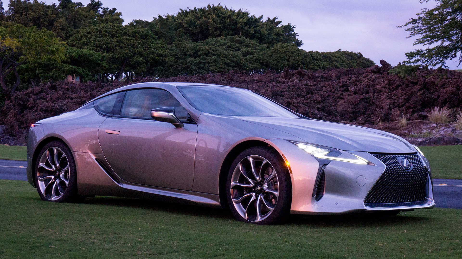 2018 lexus lc 500 lexus moves into the fast lane 95 octane. Black Bedroom Furniture Sets. Home Design Ideas