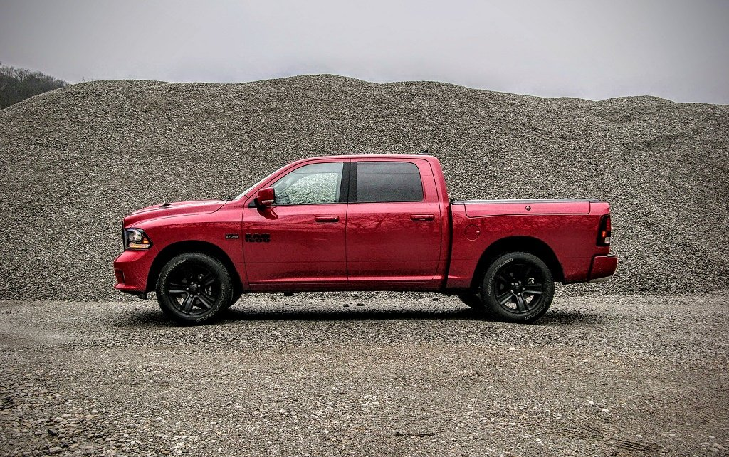 2017 ram 1500 night edition crew cab review red between. Black Bedroom Furniture Sets. Home Design Ideas
