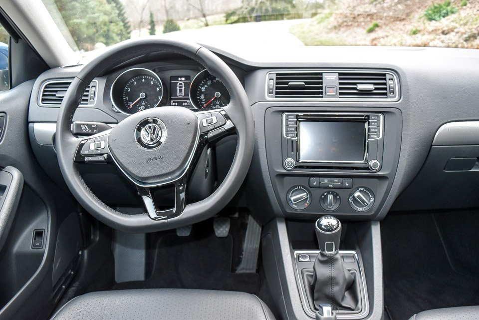 getting my manual swagger in the 2017 volkswagen jetta 95 octane rh 95octane com 5 Speed Manual Transmission Volkswagen Beetle Manual Transmission