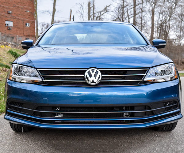 Getting My Manual Swagger in the 2017 Volkswagen Jetta