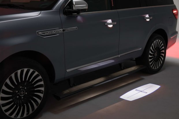 2018 lincoln navigator release date. Unique Lincoln Lincoln Has Yet To Announce Pricing Or A Release Date For The New Navigator And 2018 Lincoln Navigator