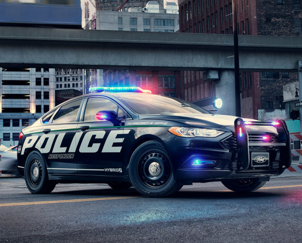 Ford Police Hybrid Responder: Pursuing with Power - 95 Octane