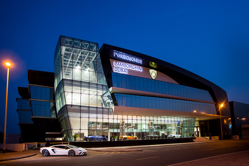 Dubai Gets Largest Lamborghini Dealership in the World ...