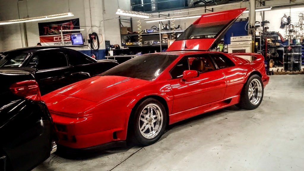 Carspotting: 1990 Lotus Esprit