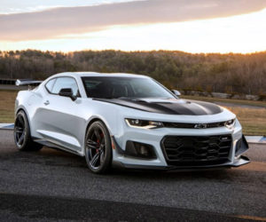 2018 Camaro ZL1 1LE Shaves Weight, Adds to Price