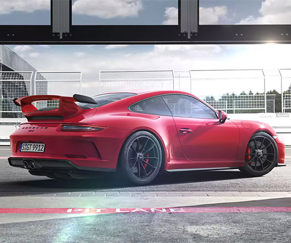 2018 Porsche 911 GT3 Is Much Faster Than the Old One
