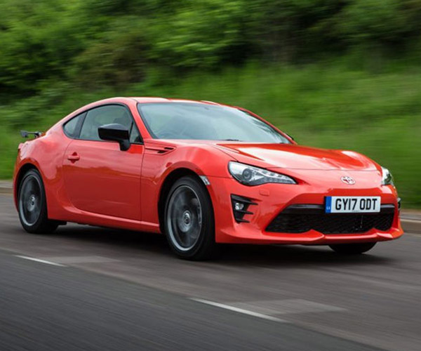 Toyota GT86 Club Series Orange Edition Lands in UK