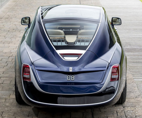 Rolls-Royce Sweptail Custom is a Throwback to the '20s