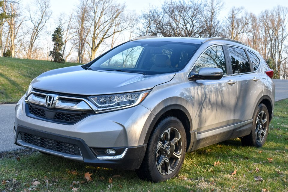 2017 honda cr v review trusty fuel sipping and practical. Black Bedroom Furniture Sets. Home Design Ideas