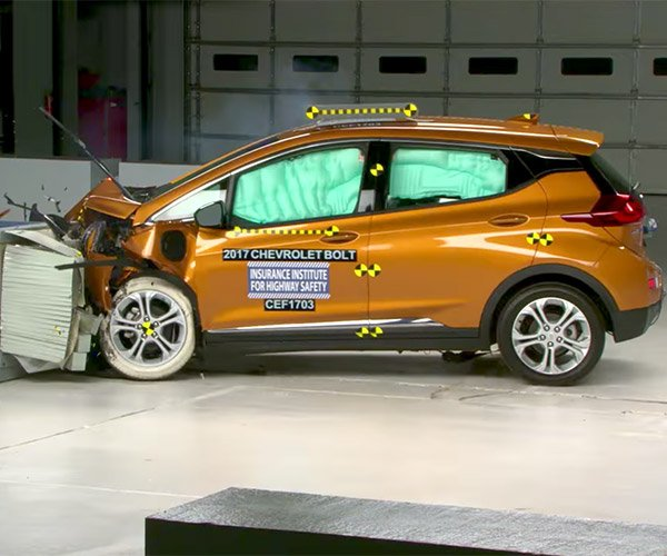 Watch the 2017 Chevy Bolt Earn IIHS Top Safety Pick