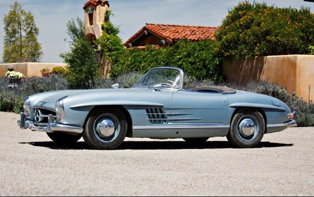 The 300 SL Gullwing Is A Special One Of Kind Color British Racing Green Exterior And Tan Interior Has Only Bit Over 16000 Miles Since New