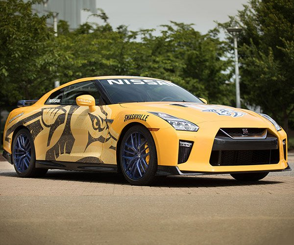 Nissan Donates Custom GT-R to Nashville Predators Charity