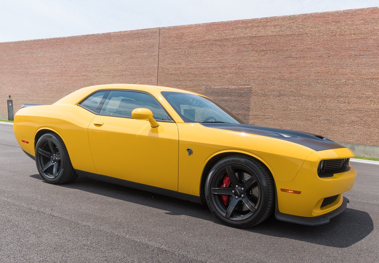 2017 Dodge Challenger Srt Hellcat Review Stung By A