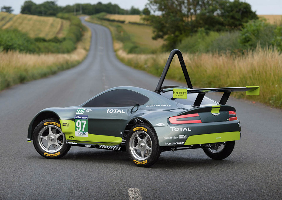 Aston martin makes the ultimate soapbox derby racer 95 octane this year aston martin entered the uk edition of the race with its own awesome soapbox car called the amr sb malvernweather Image collections
