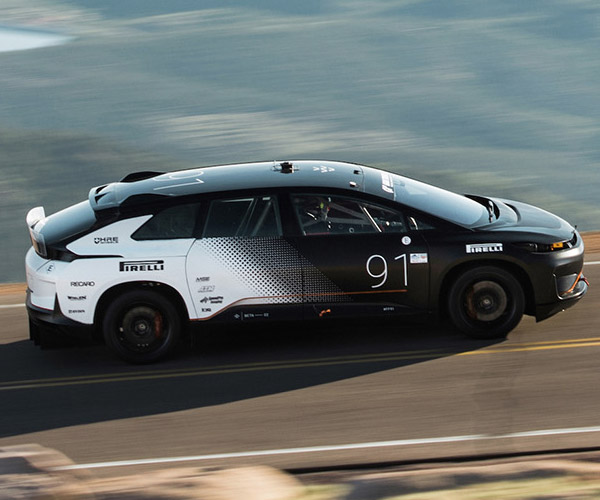 Faraday Future FF91 Prototype Flies up Pikes Peak