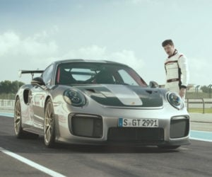Porsche Video Compares 911 GT2 RS to Parkour