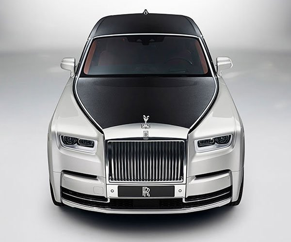 All-New Rolls-Royce Phantom Is as Grand Lux as It Gets