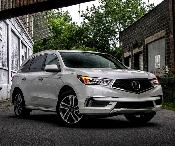 2017 Acura MDX Sport Hybrid Review: Luxury SUV Superhero