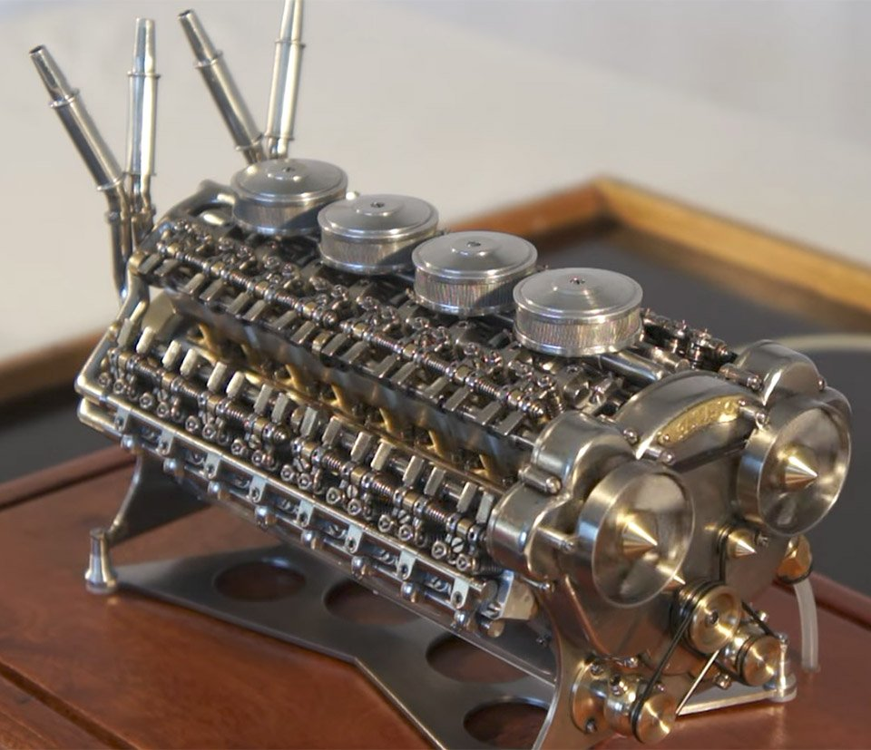 Miniature W-32 Engine Actually Works