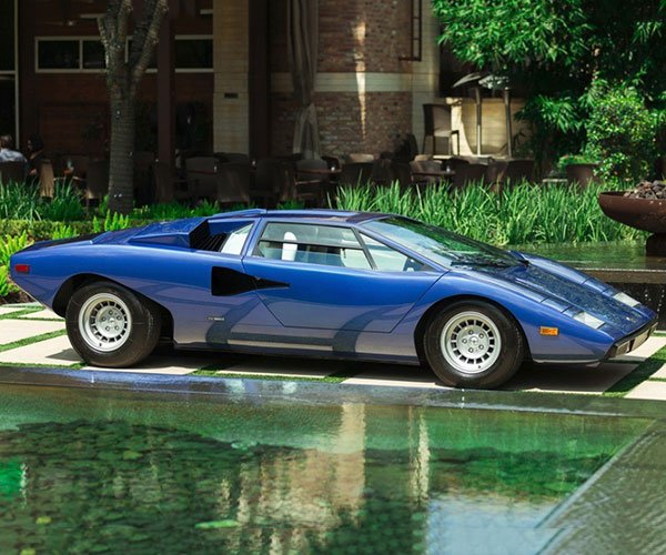 Stunning Blue 1976 Lamborghini Countach 'Periscopica' for Sale