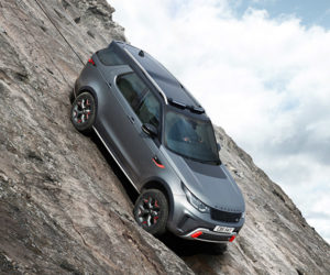The Discovery SVX Is the Extreme Land Rover We've Been Waiting for
