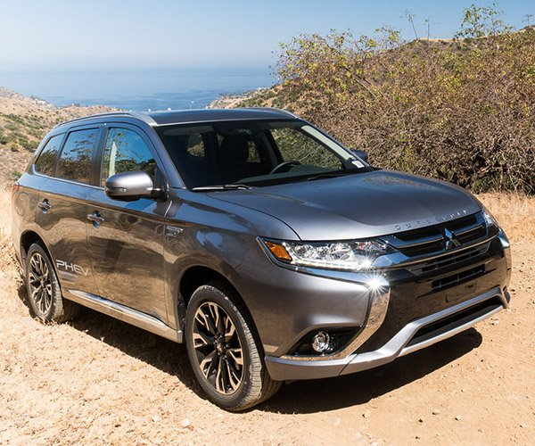 "2018 Mitsubishi Outlander PHEV First Drive: EV = ""Electric Value"""