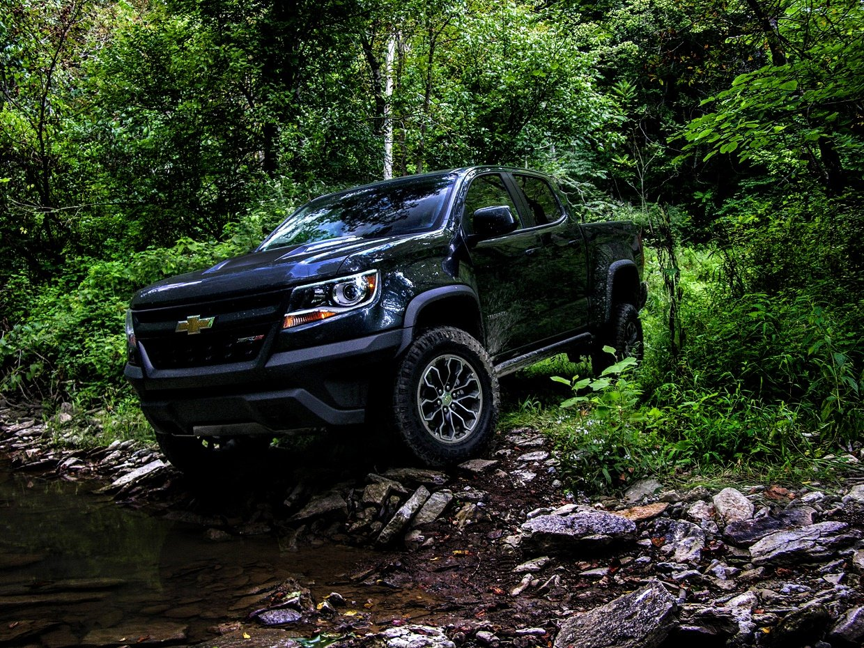 2017 Chevy Colorado Zr2 >> 2017 Chevy Colorado ZR2 Review: Impulsive Pickup Truck Tracks - 95 Octane