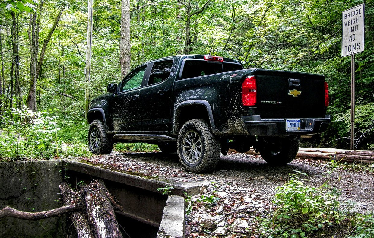 2017 Chevy Colorado Zr2 Review Impulsive Pickup Truck Tracks