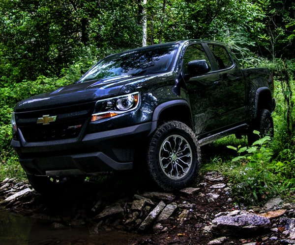 2017 Chevy Colorado ZR2 Review: Impulsive Pickup Truck Tracks